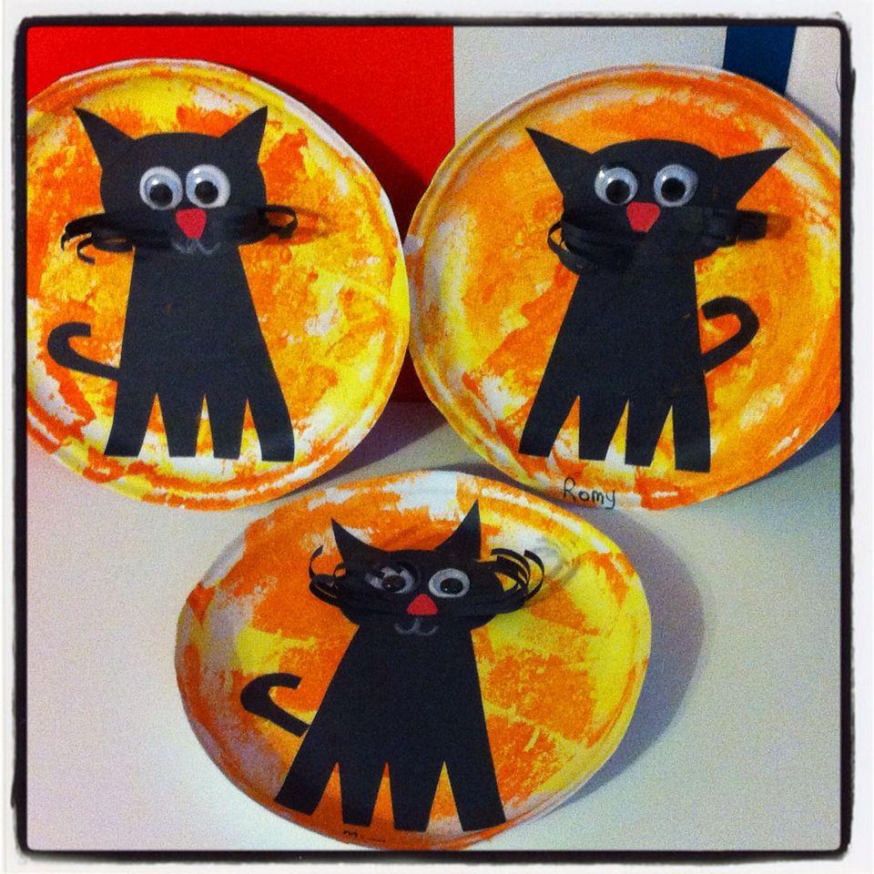 bricolage chat noir maternelle halloween pinterest chats noirs chats et bricolage. Black Bedroom Furniture Sets. Home Design Ideas