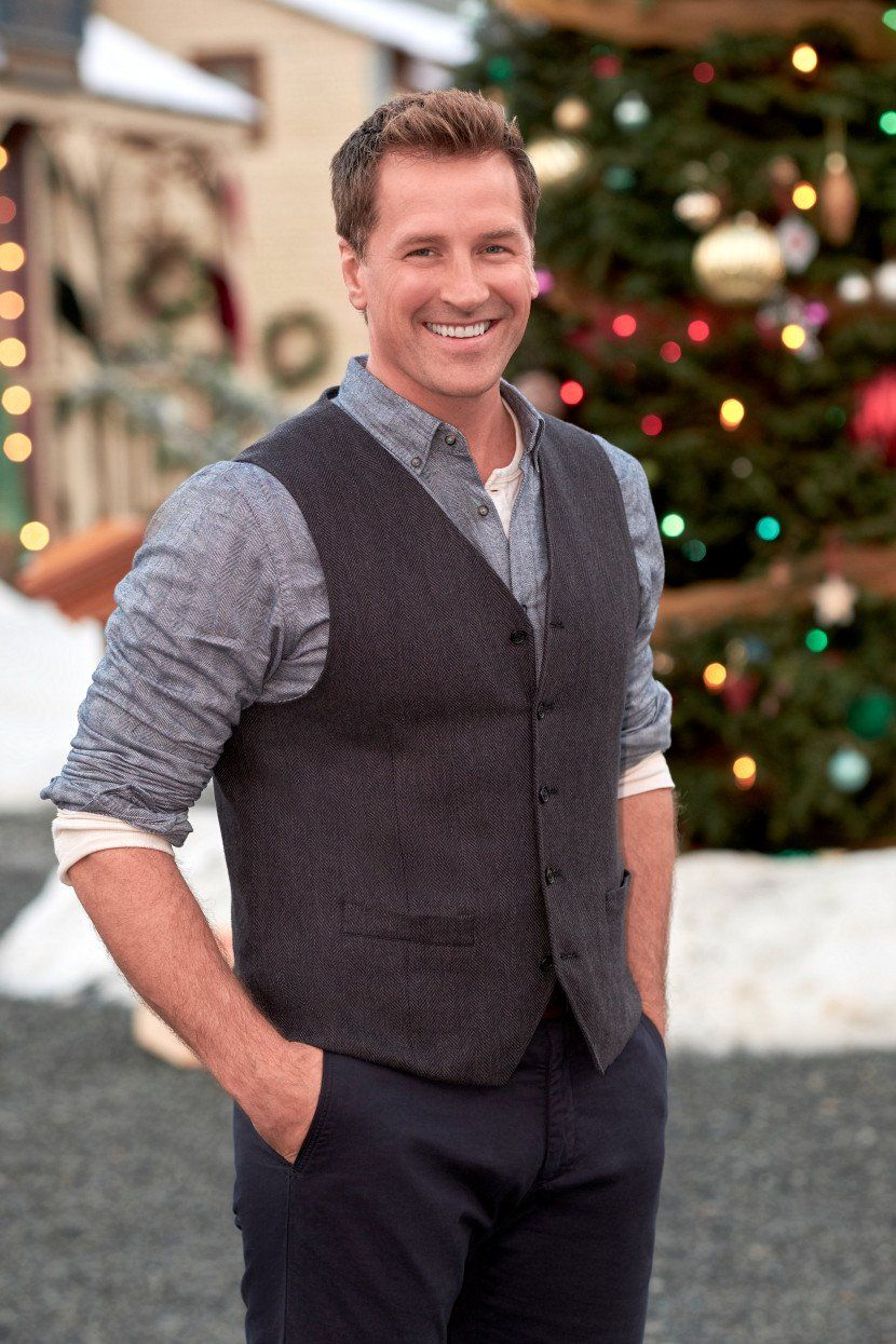 Exclusive Photos When Calls The Heart The Greatest Christmas Blessing Sneak Peek In 2020 Paul Greene Actor Hallmark Channel Hallmark Christmas Movies