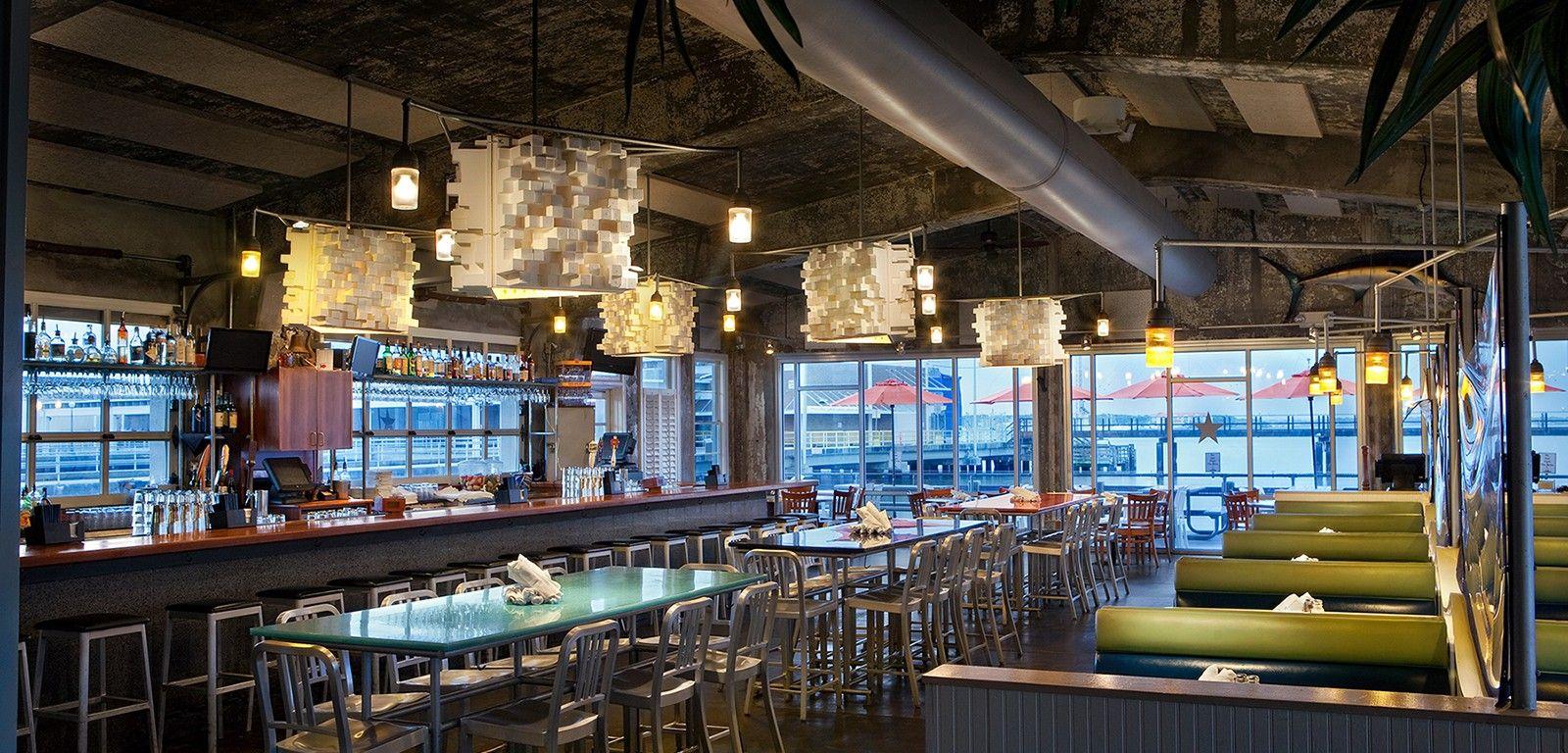 Fleet landing restaurant bar charleston sc fleet