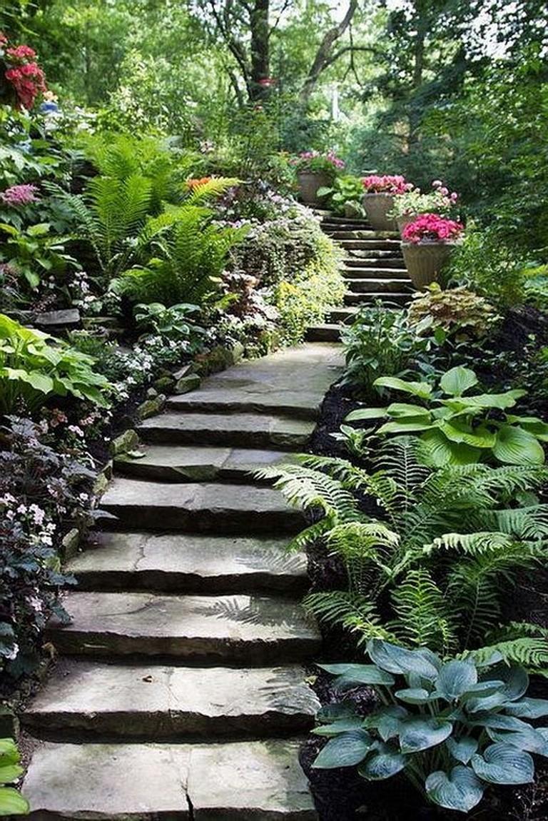 34 Beautiful Garden Path Design Ideas