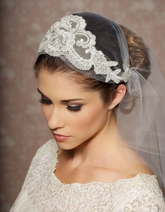 Diadema Mireasa Aprilie 2014 Vintage Wedding Hair Veil Hairstyles Wedding Hairstyles With Veil