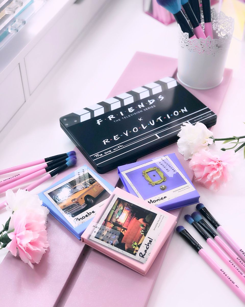 Friends x Makeup Revolution Eyeshadow Palettes First