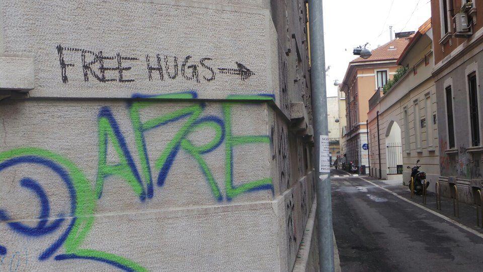Free Hugs, no drugs
