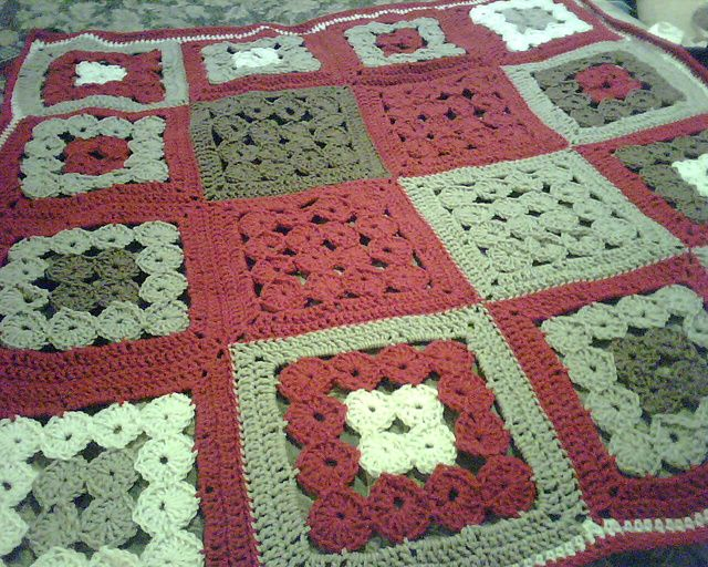 16 circles square... so many options of arranging the pattern ...