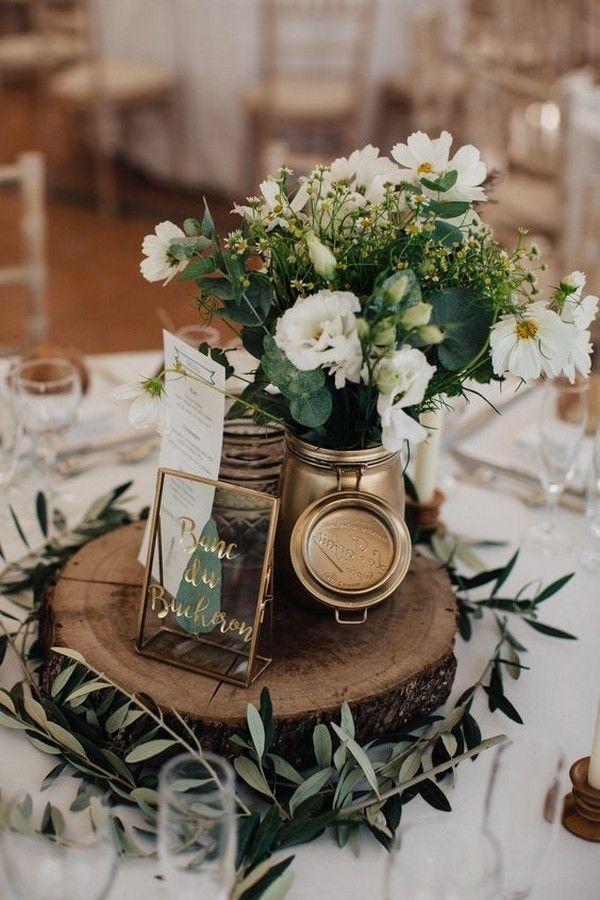 idées de pièce maîtresse de mariage vert élégant avec souche d'arbre   – Hochzeitsdeko