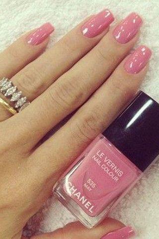 طلاء أظافر باللون الوردي Chanel Nails Nail Colors Pink Nails