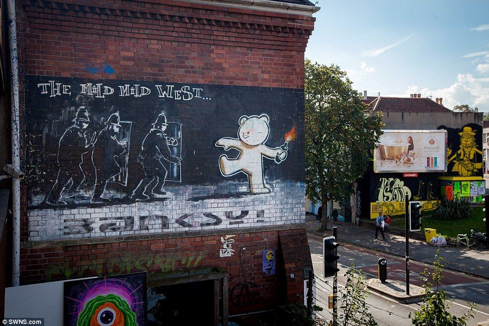 The Banksy Effect Impact Of Elusive Street Artist Blamed For Explosion In Graffiti In His Hometown Of Bristol But Is It Art Or Vandalism Street Artists Banksy Famous Graffiti Artists