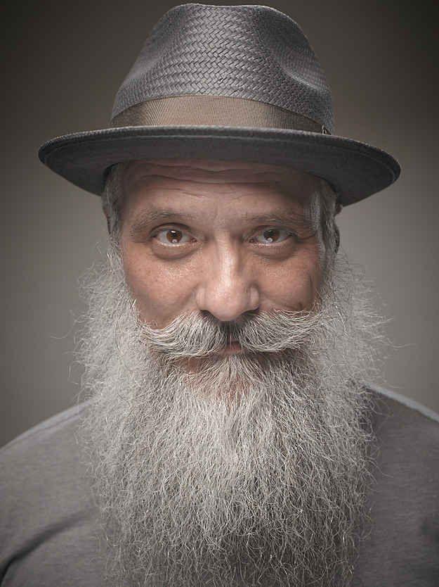 24 de las barbas y bigotes más extremos que jamás verás