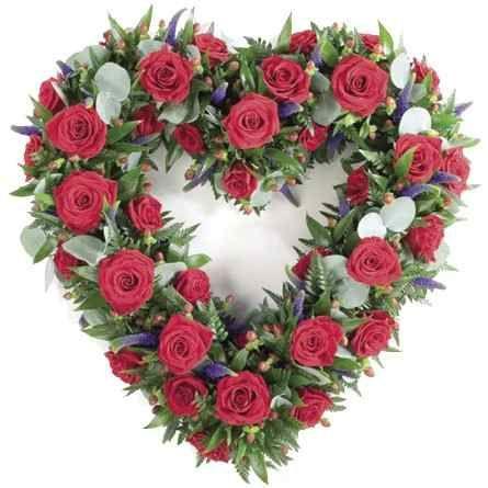 Coroas De Flores Para Funeral Com Imagens Flores Para Funeral