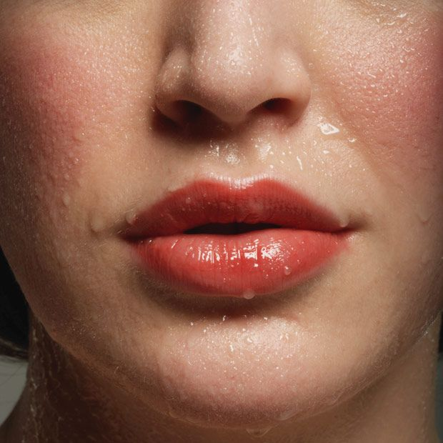 How To Get Makeup To Stay On When Sweating