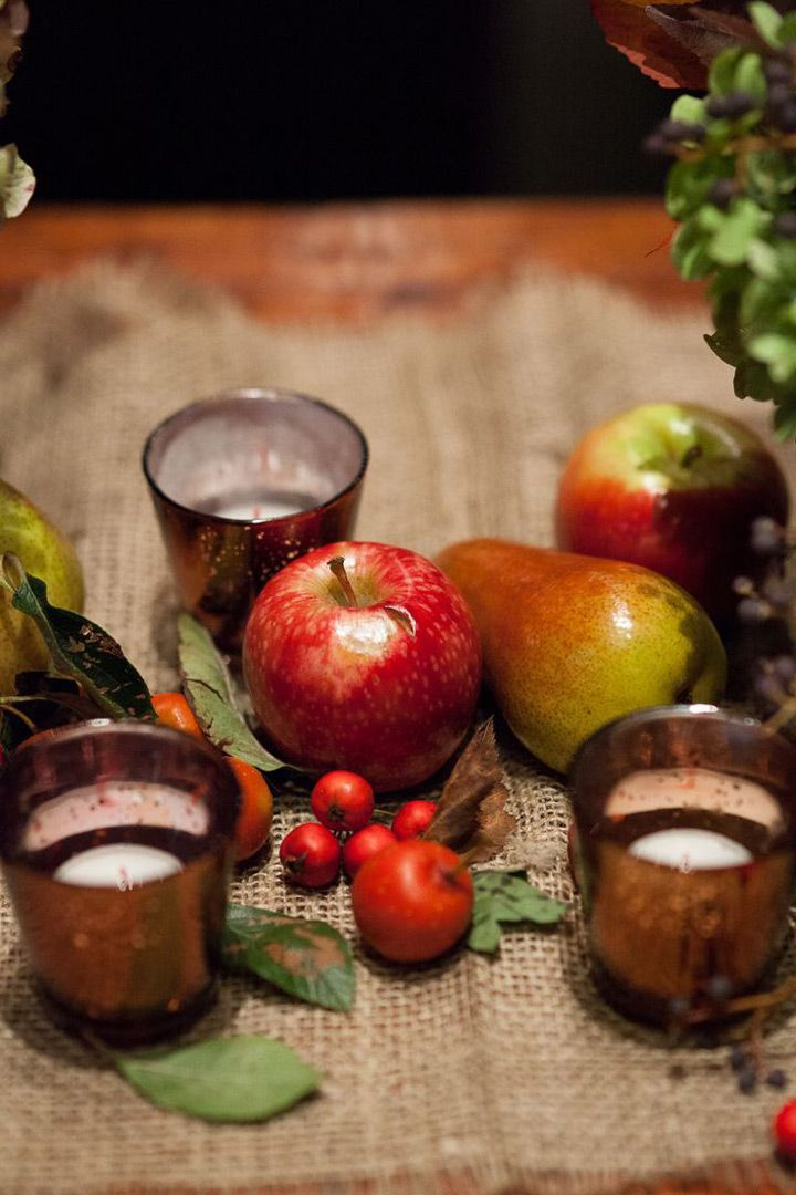 Rustic Autumn Tablescape With Apples Pear Berries And Burlap We This