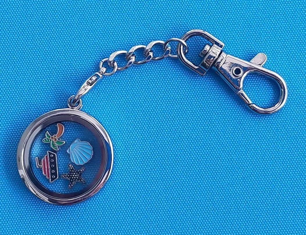 heart key ring keychain and locket rings pin lockets