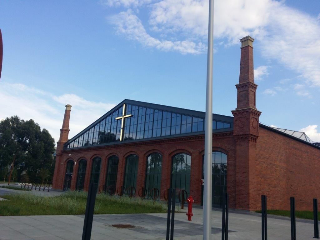 "The ""Solidarity"" cross returned to the Sesko facade / facades, windows, …"