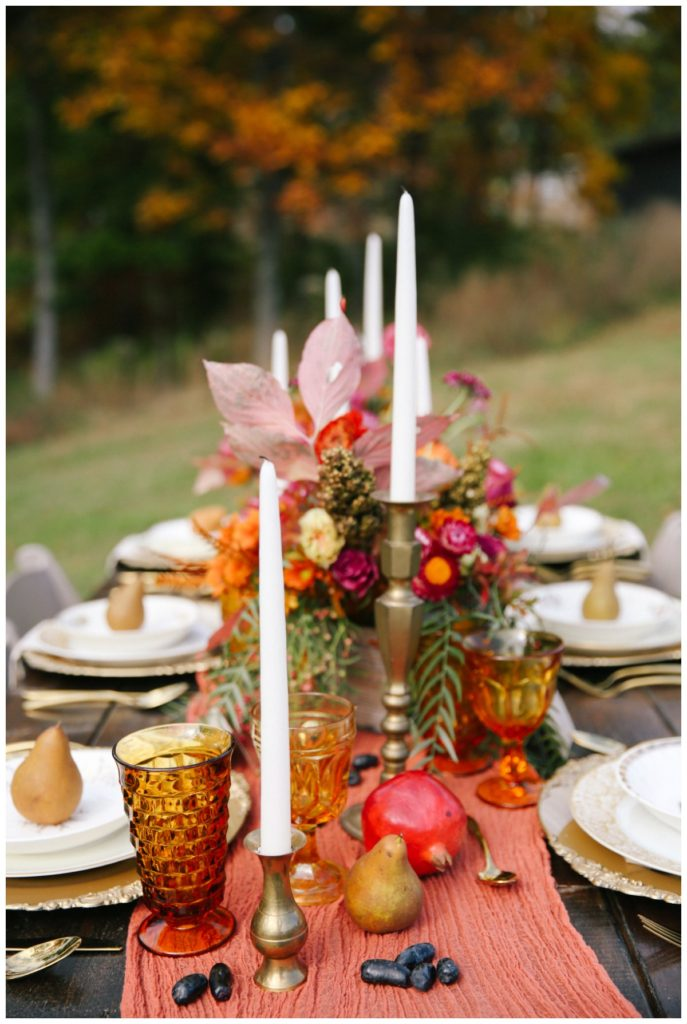 How To Make A Diy Table Runner For Thanksgiving Custom Love Gifts In 2020 Table Runner Diy Diy Table Table Runners