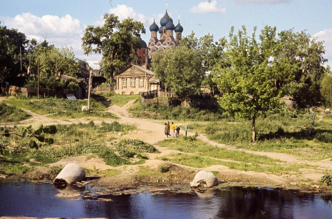 Храм Тихвинской иконы Божией Матери в Алексеевском в ...