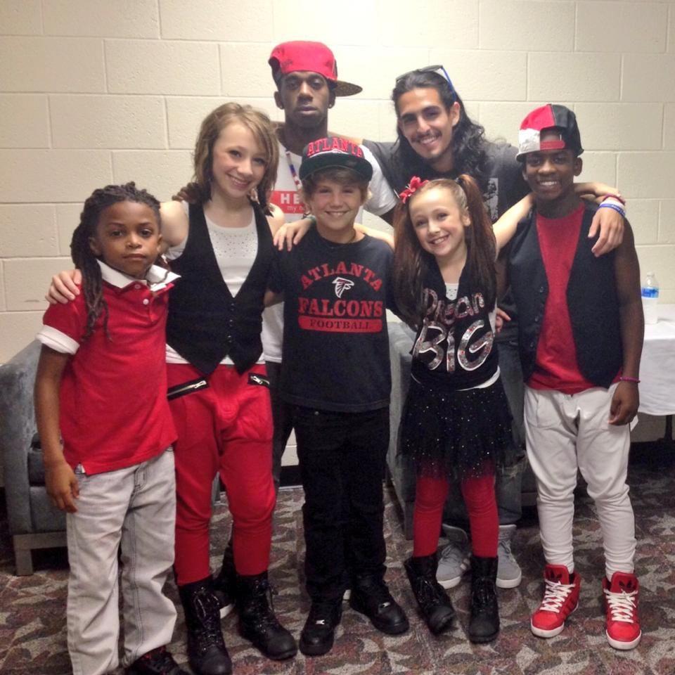 Mattyb and his crew | Matty b | Christmas sweaters ...