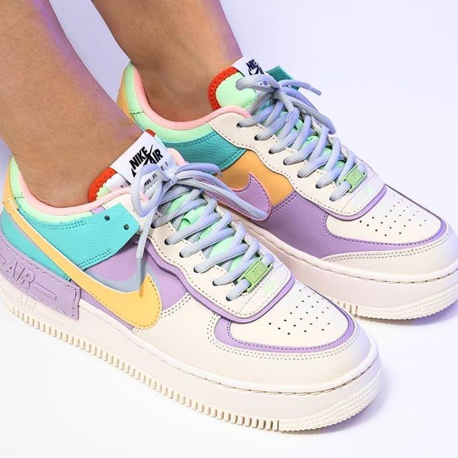 paire de chaussure nike femme