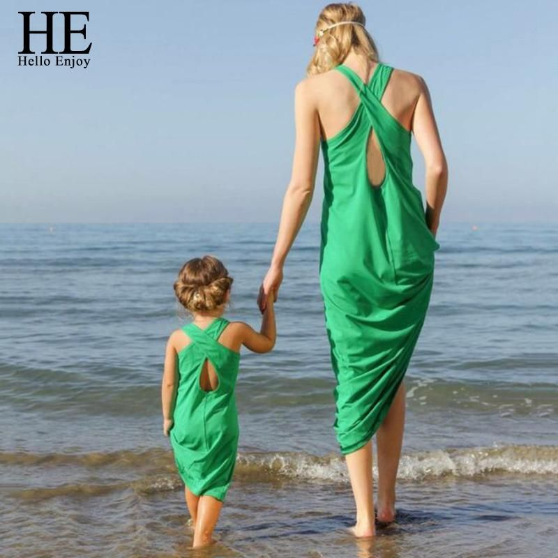 He Hello Enjoy Mother Daughter Dresses New 2018 Summer Sleeveless Green Sandy Beach Dress And Family Matching
