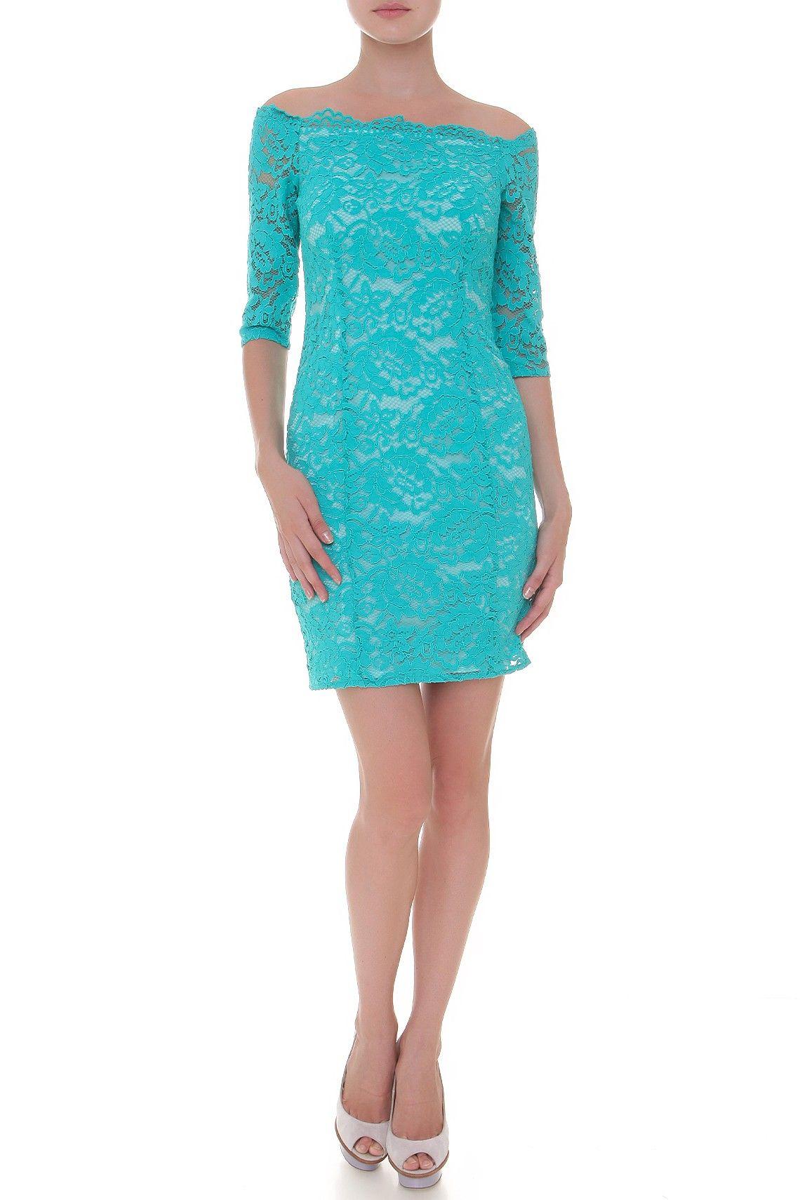 Платье облегающего покроя с укороченным рукавом, декорировано фирменным принтом. Материал: Коттон, полиамид http://oneclub.ua/plat-e-67649.html#product_option246