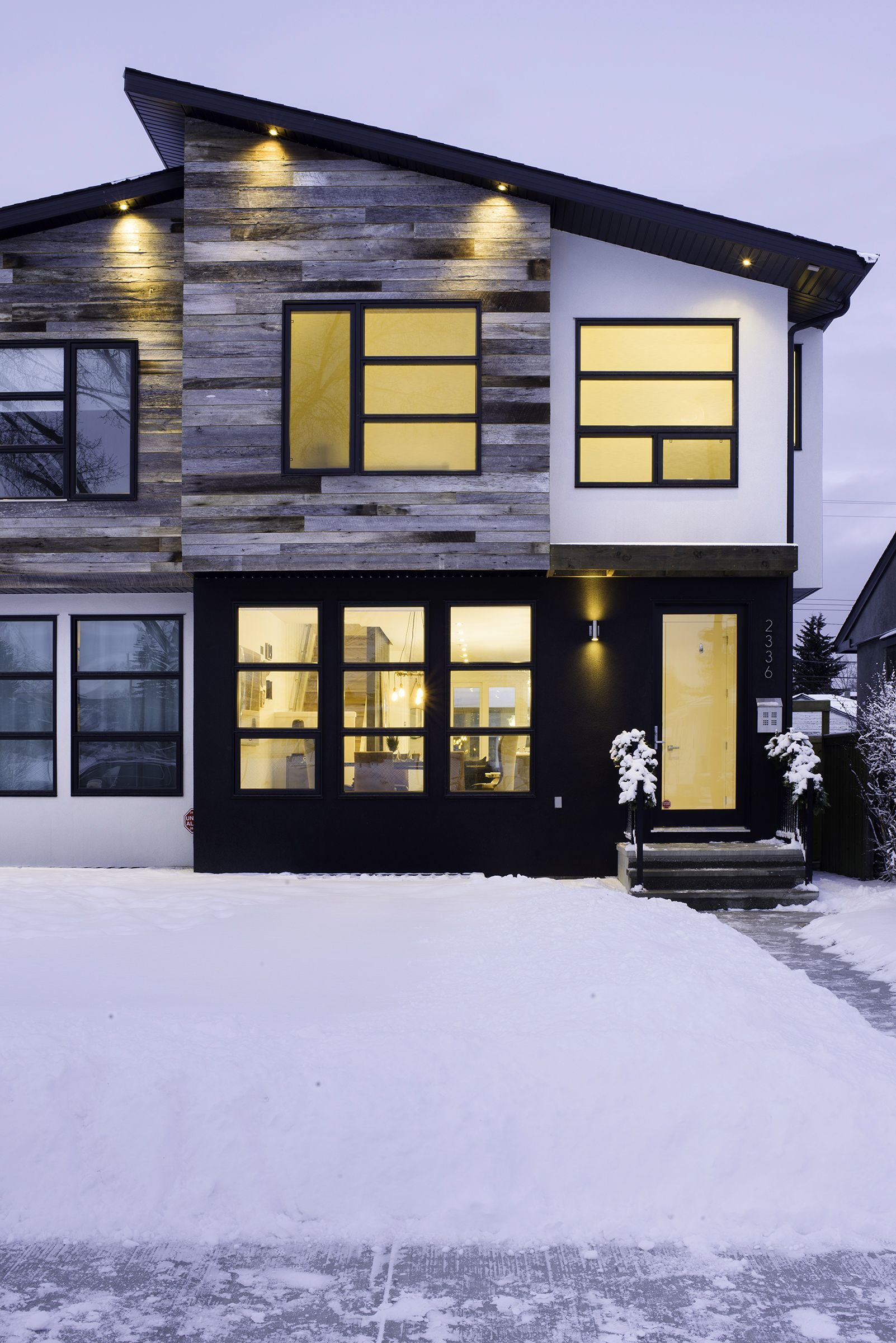 71 Contemporary Exterior Design Photos  Favorite Places  Spaces  House design Facade house