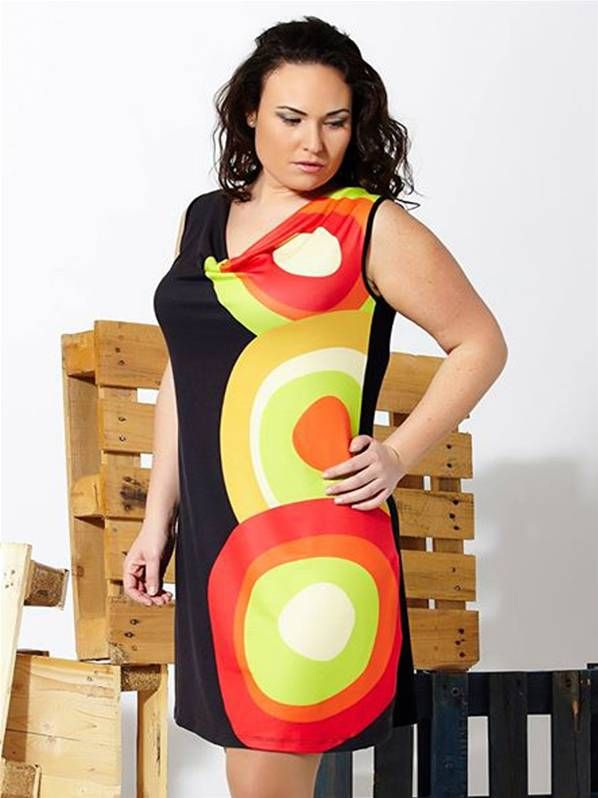 Vestido drapeado de punto de moda en tallas grandes
