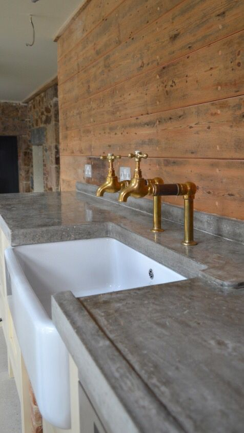 Love The Brass Taps And Grey Worktop Poss Concrete Polished Concrete Kitchen Concrete Kitchen Outdoor Kitchen Design