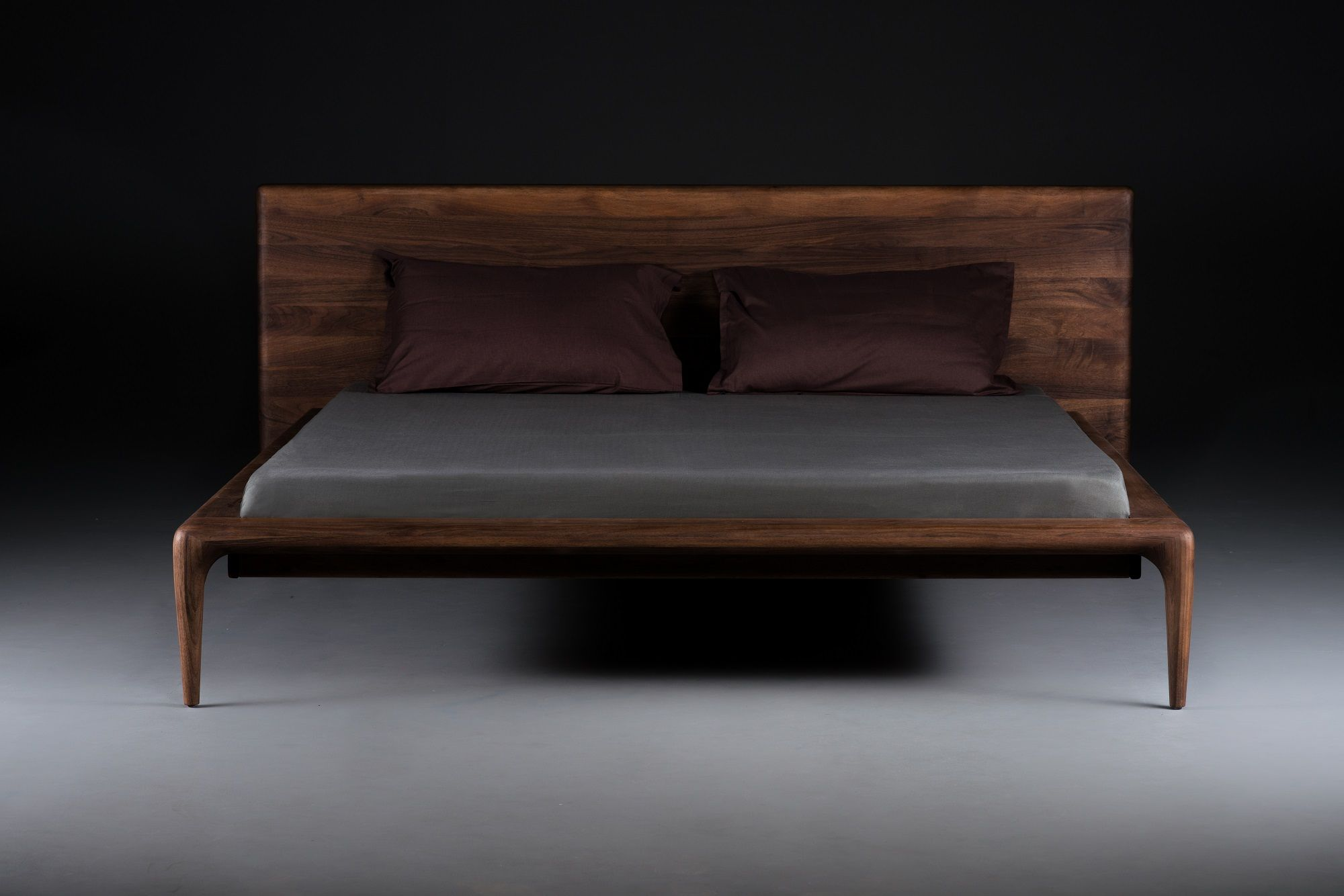 Massiv Holz Bett mit hoher Lehne Bett ideen
