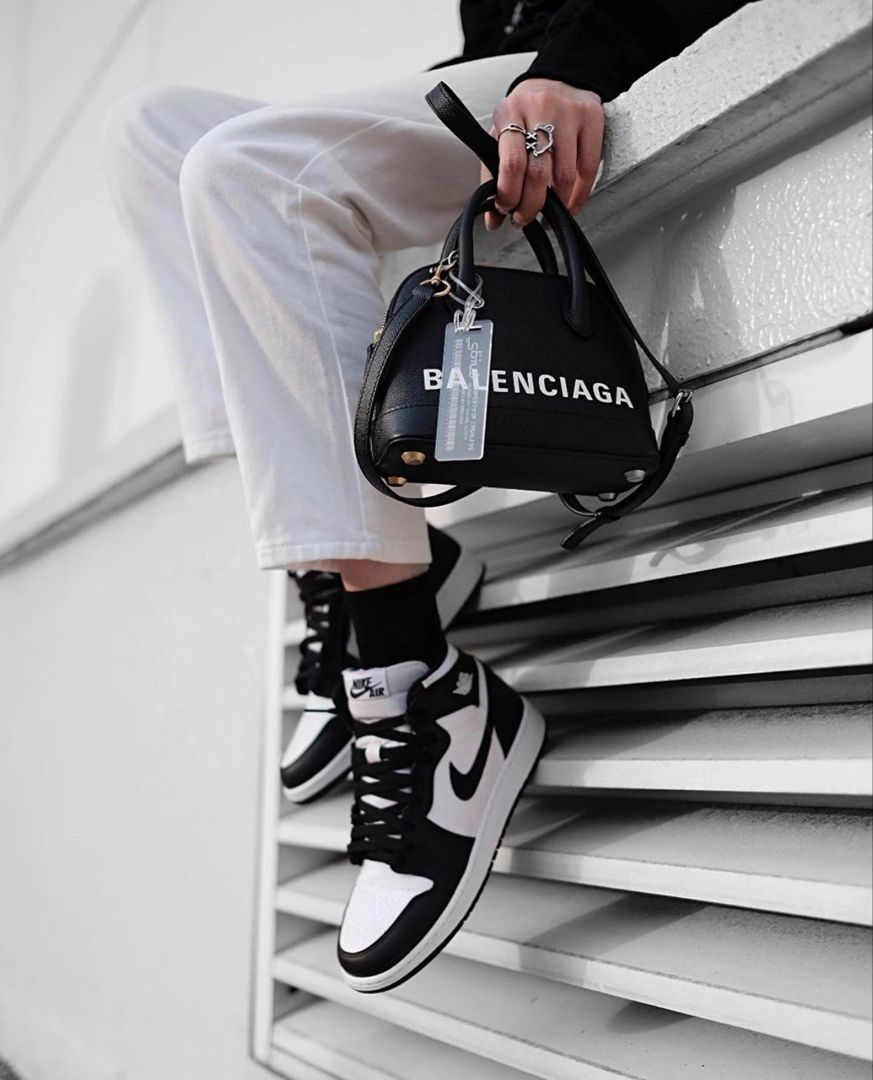 Best High Quality Replica Handbags Top Fake Designer Bags Fashion Shoes Sneakers Sneakers Fashion Hype Shoes