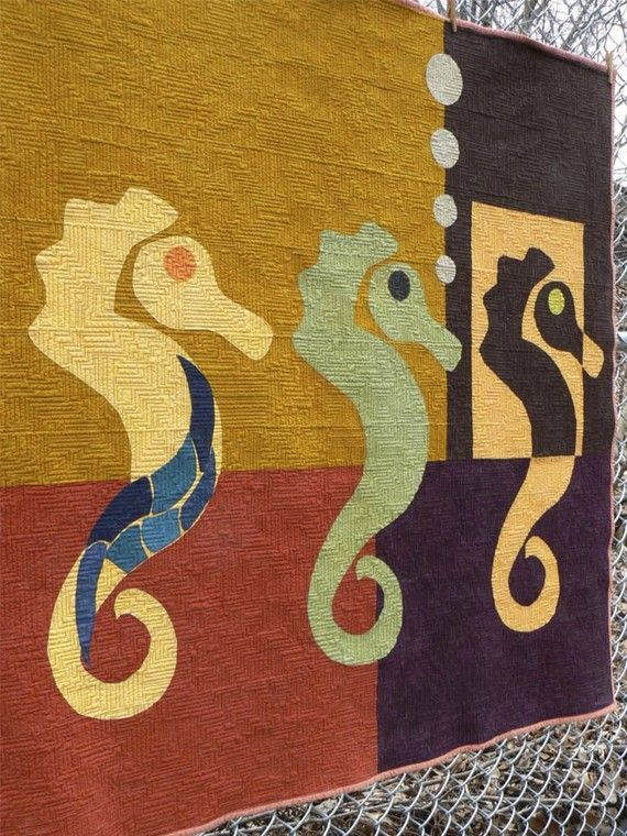 3 Seahorses Quilt  Made to Order by quiltsbydesign on Etsy, $285.00