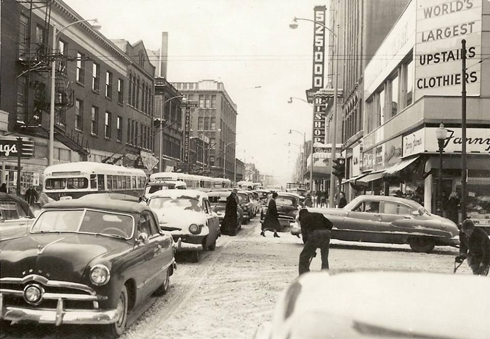 Snowy day, Downtown Des Moines, 1953. View is of 7th ...