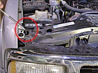 replace headlight bulbs on a 1996 chevy blazer s10 gmc jimmy sonoma headlight bulbs chevy headlights pinterest