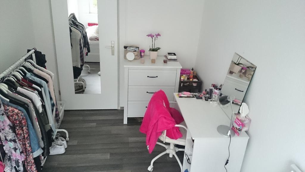 einrichtungside f r ein kleines wg zimmer kleiderstange statt schrank kommode schreibtisch. Black Bedroom Furniture Sets. Home Design Ideas