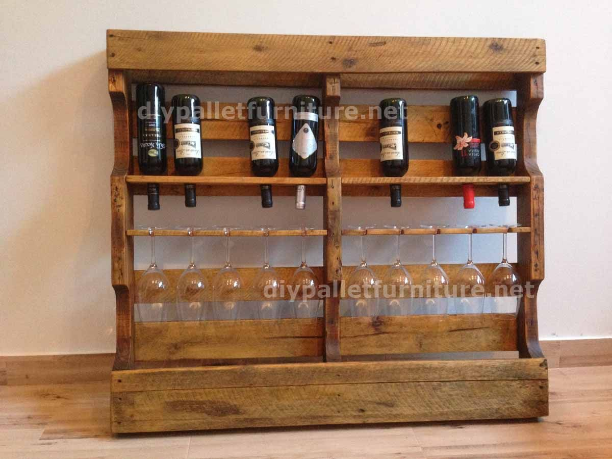 Instructions sur la fa on de faire un casier vin en bois for Etagere avec palette