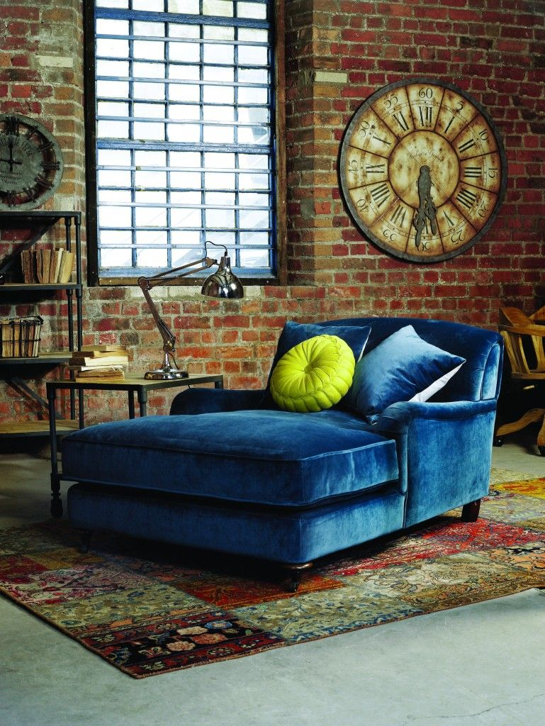 21 Different Style To Decorate Home With Blue Velvet Sofa | Blue