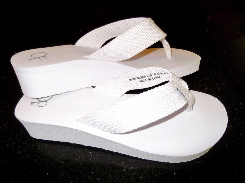 a2814962e2e75b OCEAN PACIFIC OP Women s Flip Flops Thong Sandals White 7.5 to maybe 8 NWOB   Op  FlipFlops