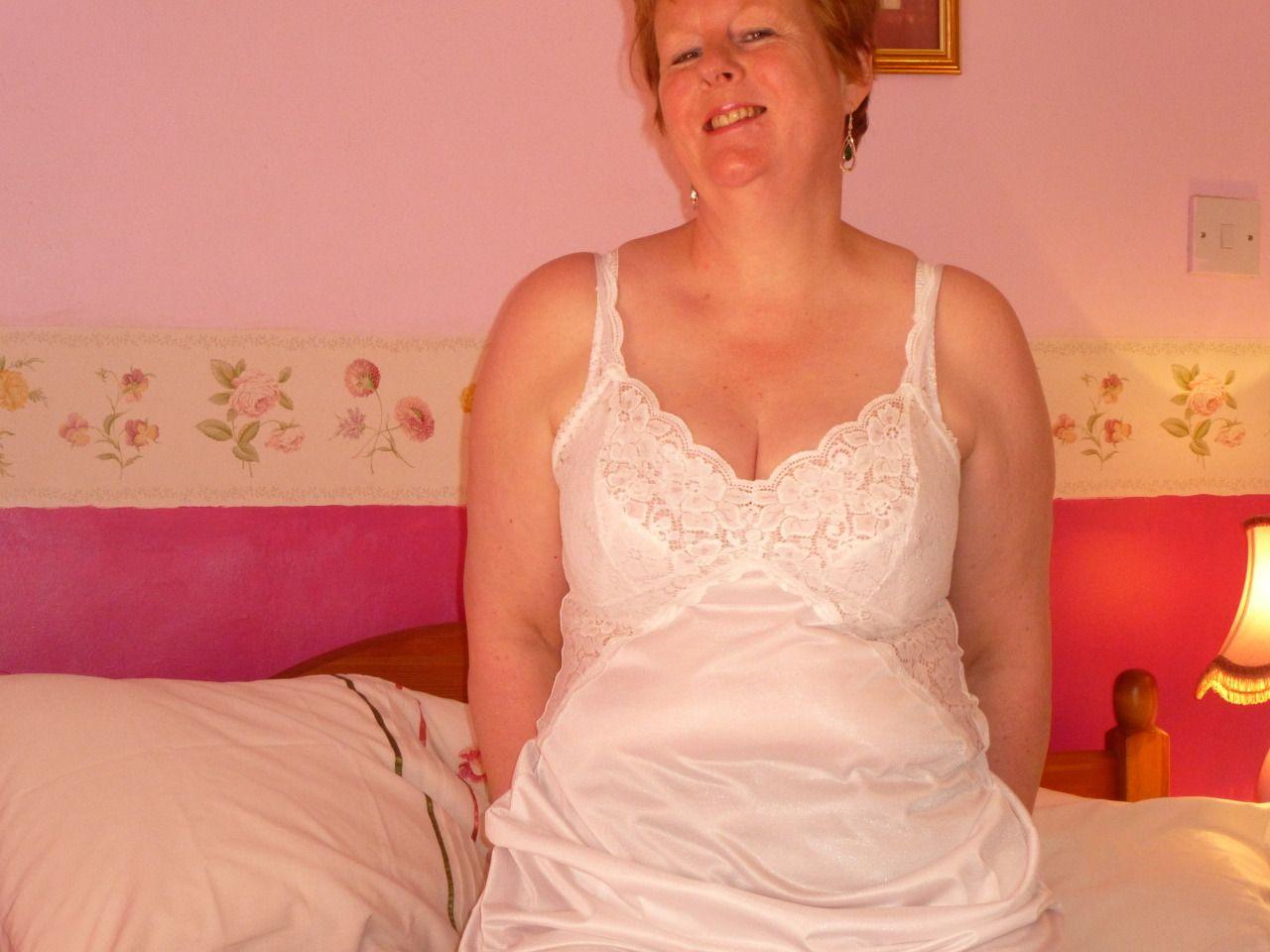 Nude lanka wife