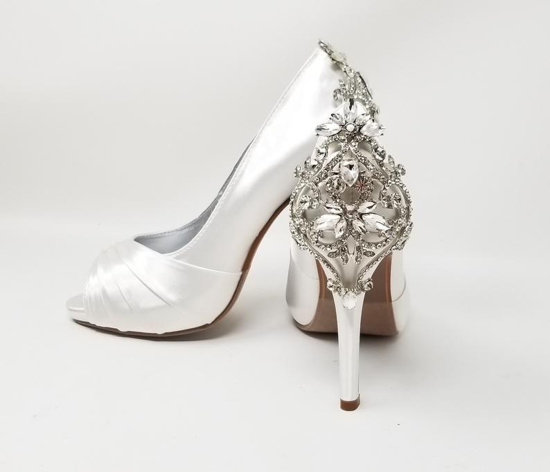 White Wedding Shoes Crystal Back White Bridal Shoes Over 100 Etsy In 2021 Ivory Bridal Shoes Wedding Shoes Dyeable Wedding Shoes