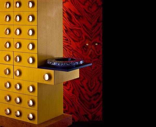 Mobili zanotta ~ Lavorazione artigianale per la cassettiera mobile giallo in legno