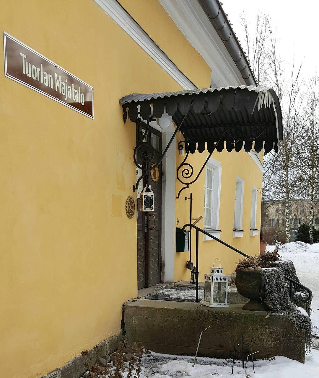 Tämä päivä näissä maisemissa kokoustamassa  #tuorlanmajatalo #tuorla #kaarina #visitkaarina #kokouspaikka #majatalo #gasthaus #suomi #finland #thisisfinland #igfinland #ig_finland #lifestyleblogger #nelkytplusblogit #åblogit