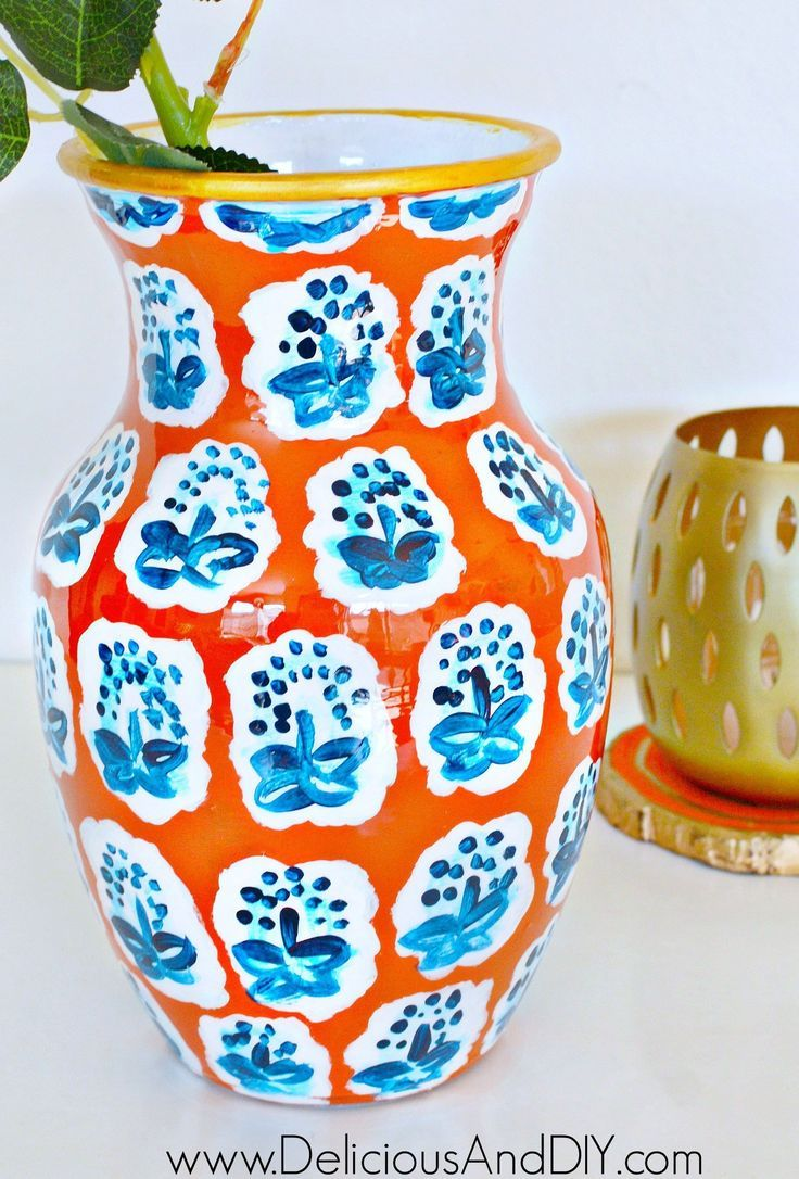 Anthropologie knock off beautiful DIY Painted Vase using only paints and a vase
