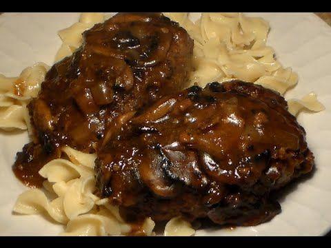 How To Make Homemade Salisbury Steak: Easy Salisbury Steak ...