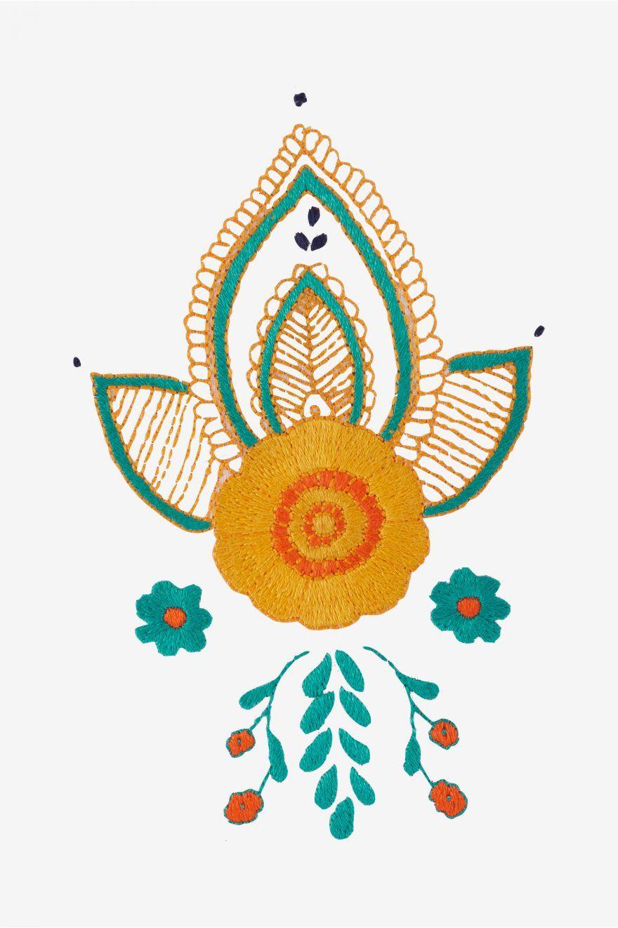 Fleur de souci au printemps motif broderie Embroidery