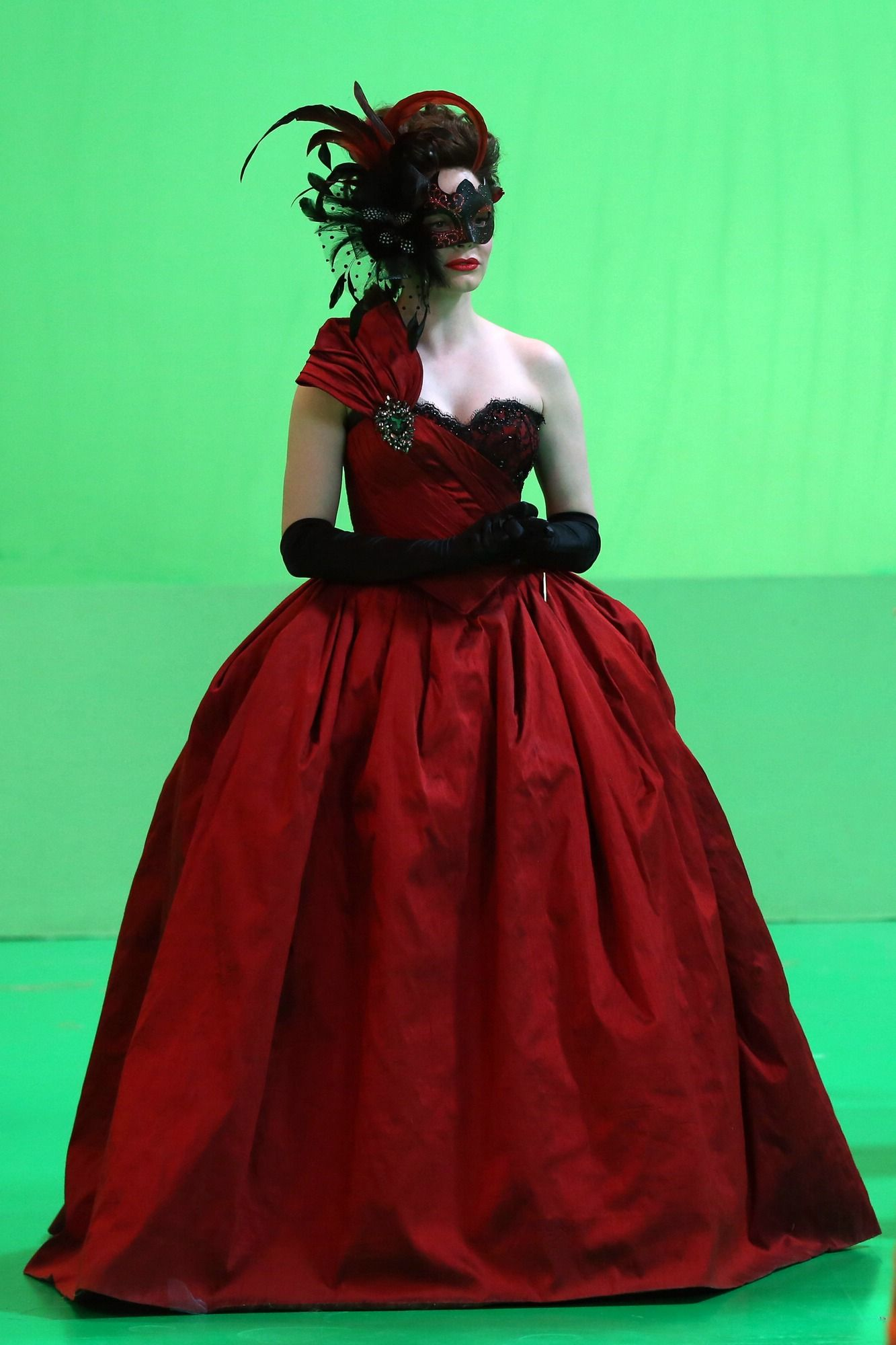 Young Cora - Once Upon a Time. I LOVE HER DREES. IT'S ONE OF MY FAVOURITE COSTUMES FROM OUAT.