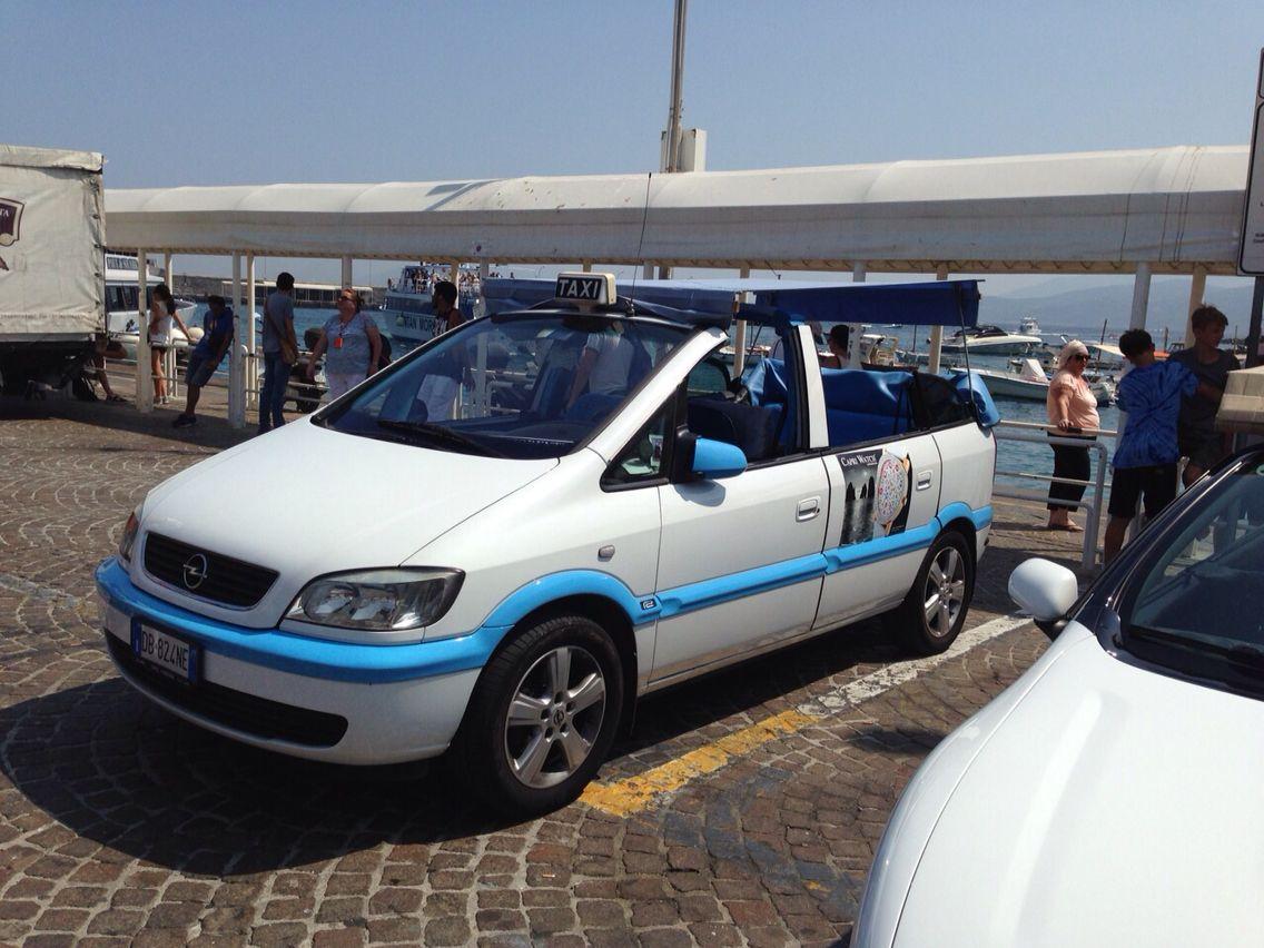 Convertible Minivan Taxi Capri