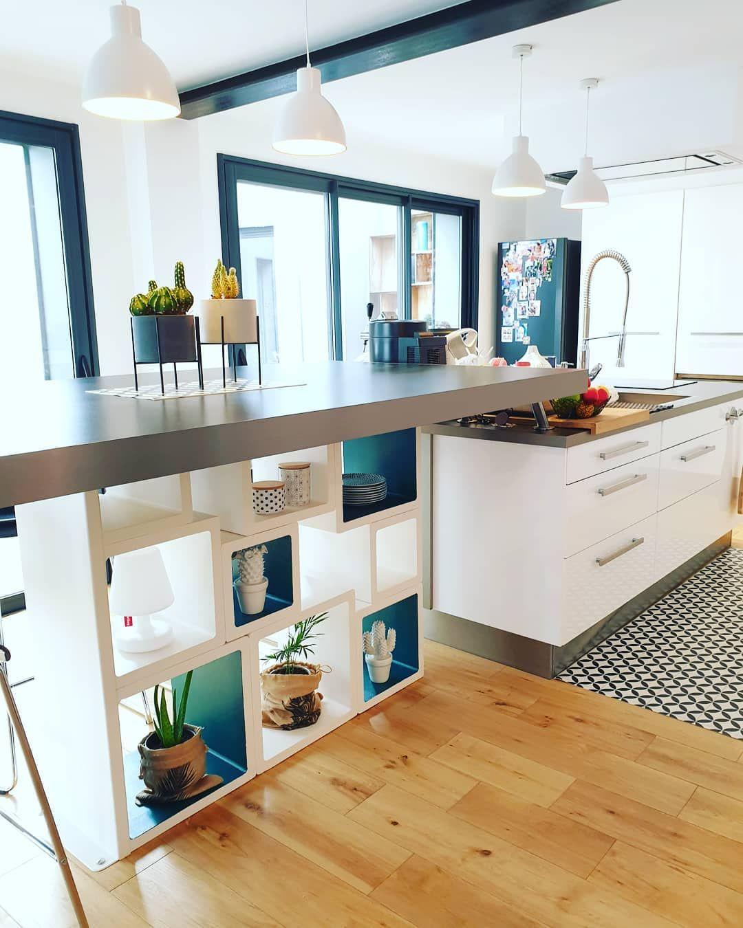 Cuisine Noir Et Blanche Avec Ilot Central: L'îlot Central : 20 Idées Déco Pour Vous Inspirer