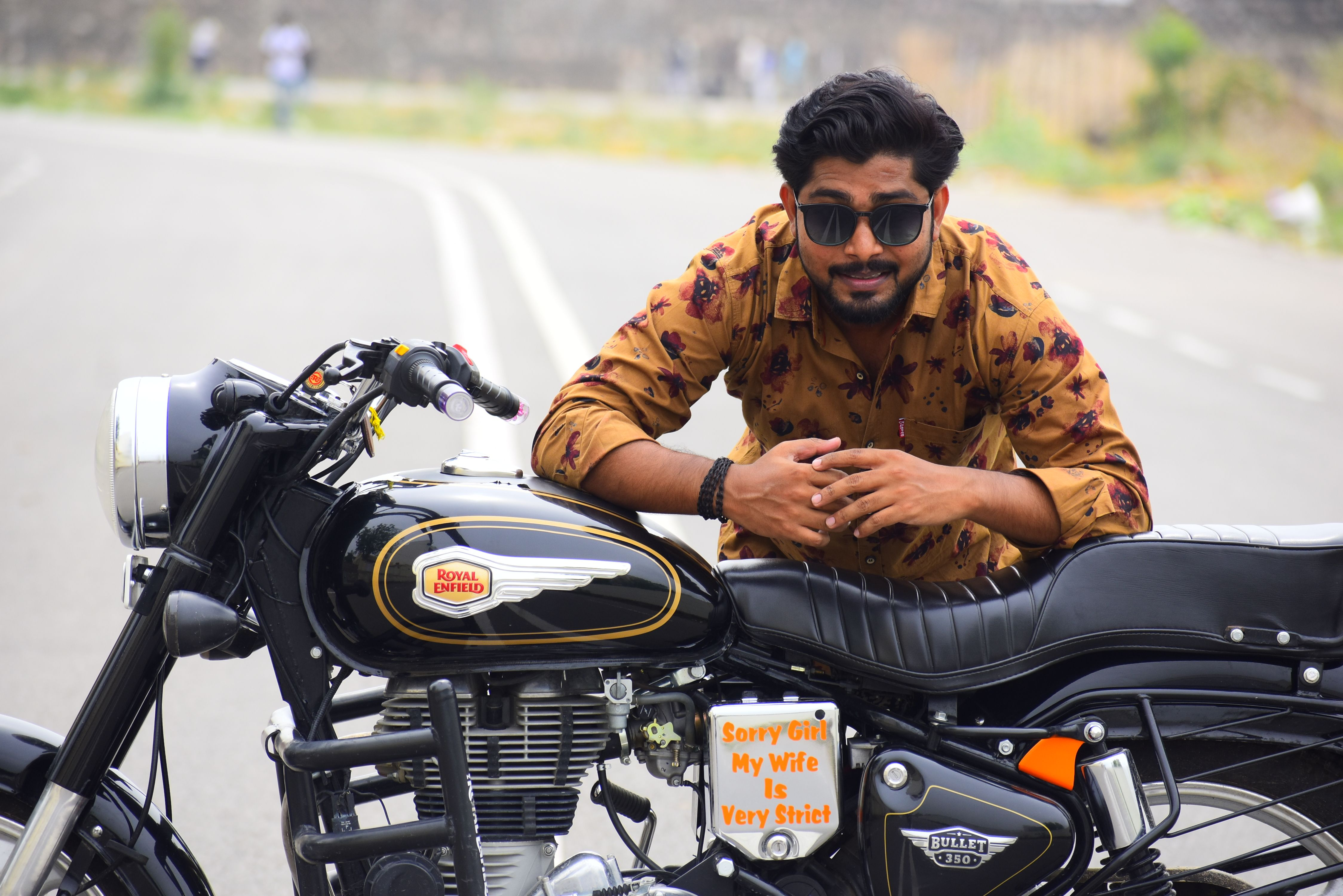 Royalenfield Bullet Photography Poses For Men Akash Chauhan Photography Poses For Men Photography Poses Photoshoot Pose Boy