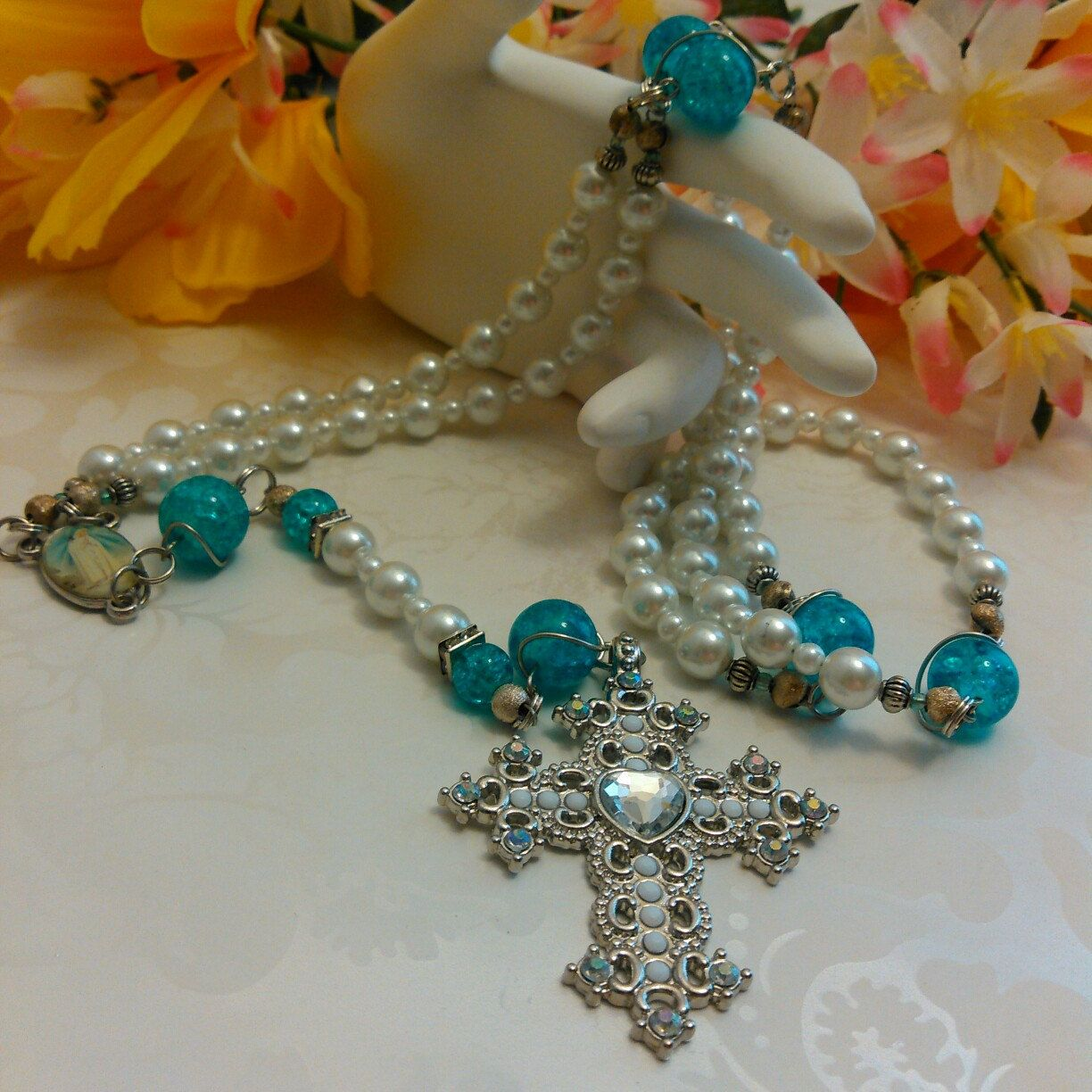 Park Art My WordPress Blog_How To Hold Rosary Beads With One Hand