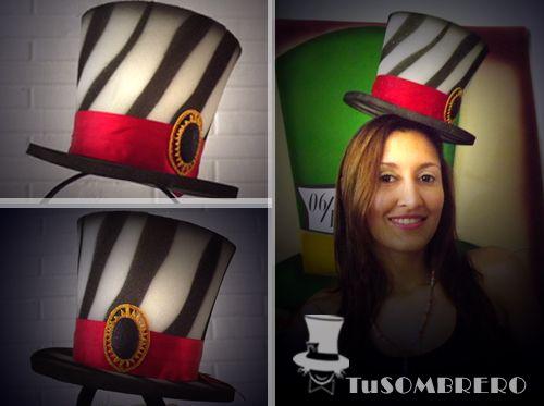 Sombrero  cintillo animal print para su  boda elaborado por  TuSombreroLoco da86c32399b