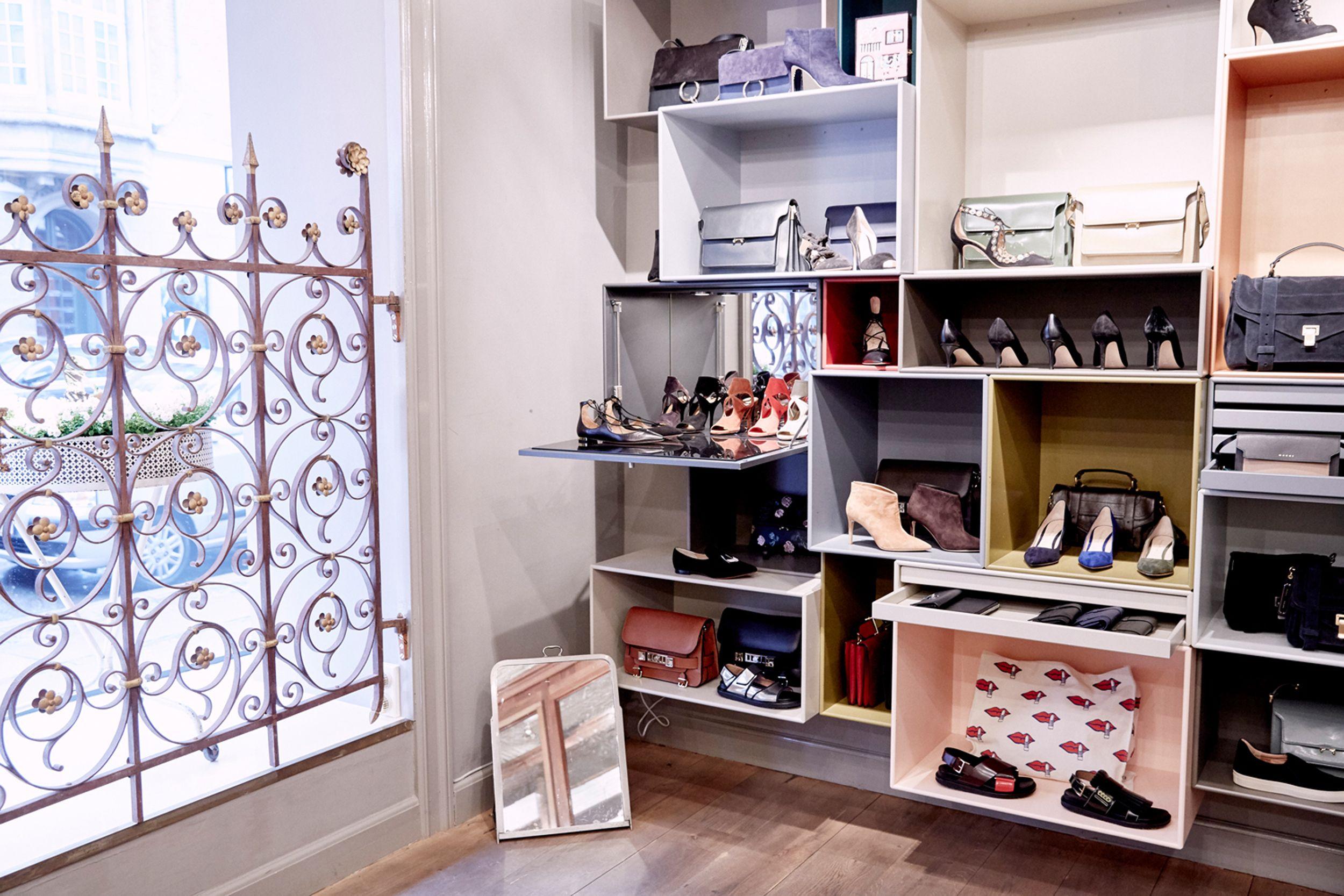 Holly Golightly Copenhagen Inside Store Regnegade Decor By Peter Grant Marlene Bernth Photo Jonas Danholt Home Decor Decor Furniture