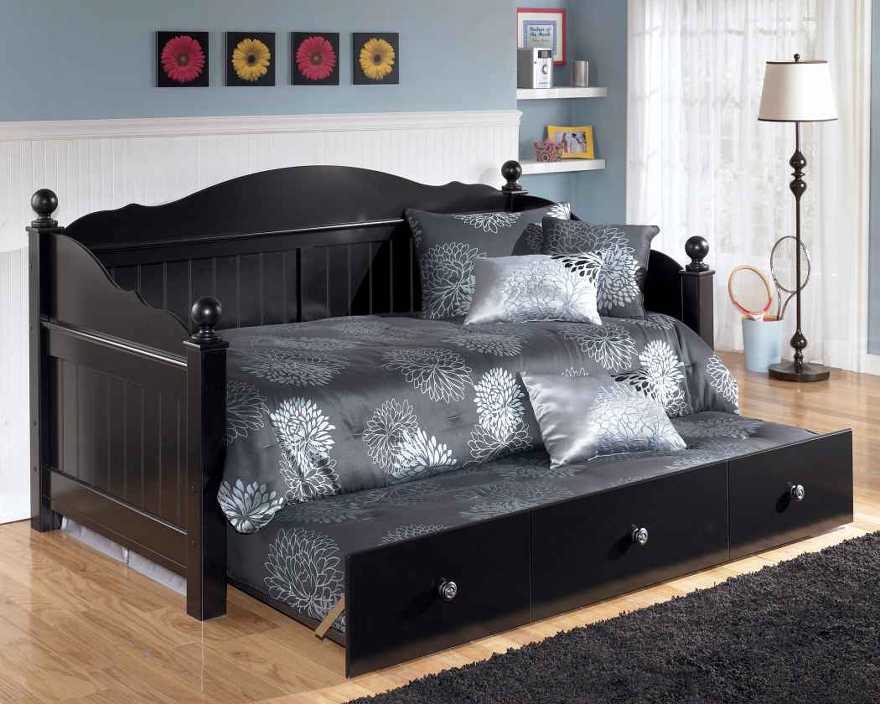 Best Feature Design Innovative Trundle Bed Covers Design 400 x 300